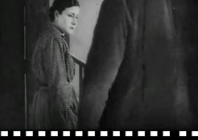 La aldea maldita (1930), Florían Rey